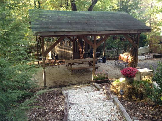 Arbor Cabins at Lake Lure : Community area