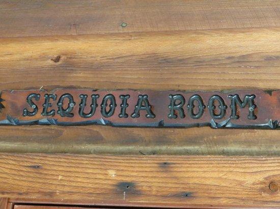 Evergreen Haus: Sequoia Room