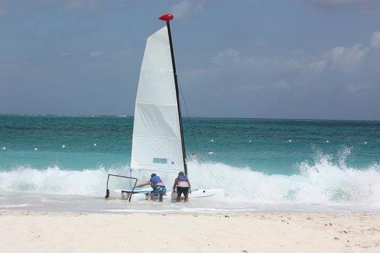 Royal West Indies Resort: Saling :)