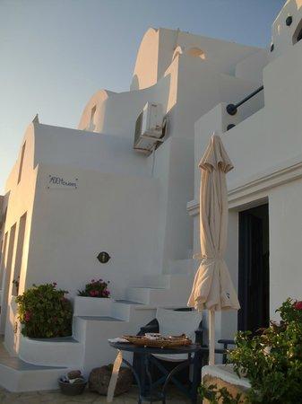 Arc Houses: Reception