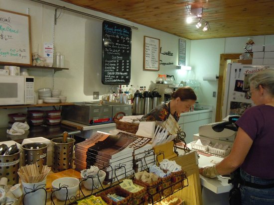 Louise's Place: Service counter at Louisa's Coffee House