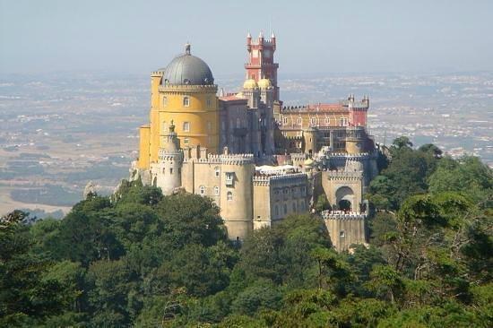 Fellow Tours: Pena Palace