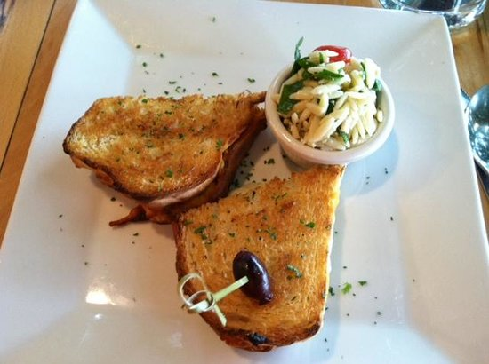 Twisted Olive : the yummy cheese sandwich with orzo salad
