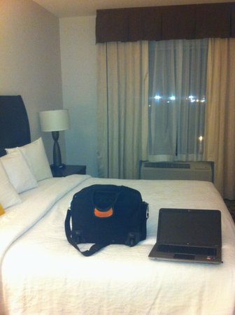 Hilton Garden Inn Edmonton International Airport: The bed very soft and I feel asleep so quickly