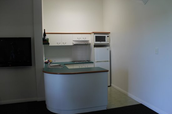 Burnett Riverside Motel : Kitchen