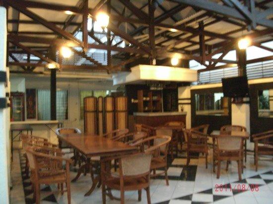 Wisma Jasa Tirta Ijen Heritage: DIning Area of Guesthouse Wisma Jasa Tirta I