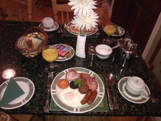 Ashville Guesthouse: Breakfast