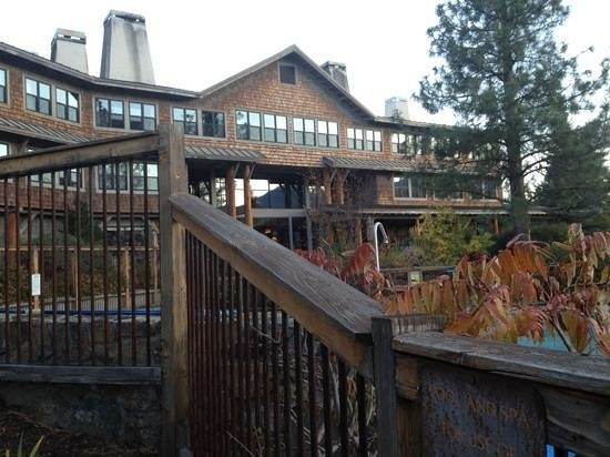 Sun Mountain Lodge: back side of the lodge.