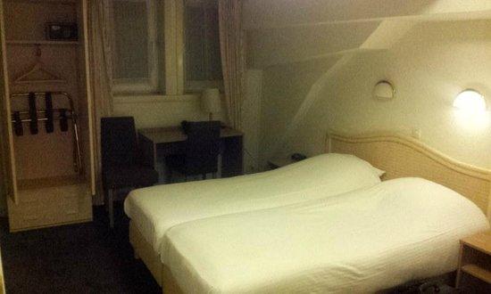 Prinsen Hotel : Habitacion