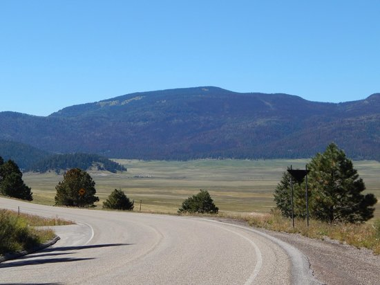 Valles Caldera National Preserve: approaching the valles caldera