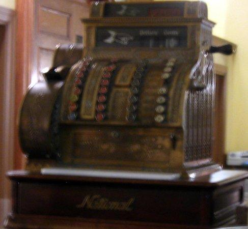 Hotel Colorado: Cash register