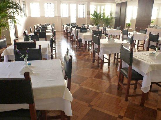 Hotel Metropole : Salão do restaurante 3