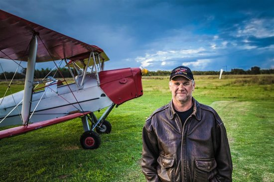 Tiger Moth Joy Rides: Our Chief Pilot Geoff