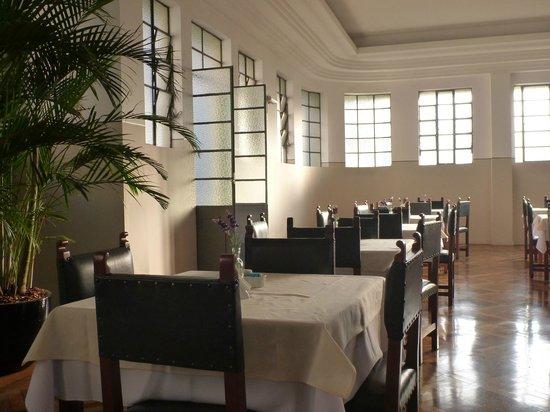 Hotel Metropole: Salão do restaurante