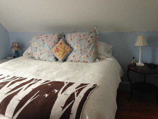 The Woodbridge Inn: The heavenly bed