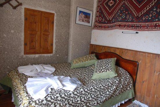 Cave Hotel Saksagan: Nice hard mattress