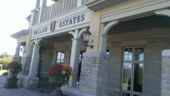 Peller Estates Winery Restaurant : Peller Estates