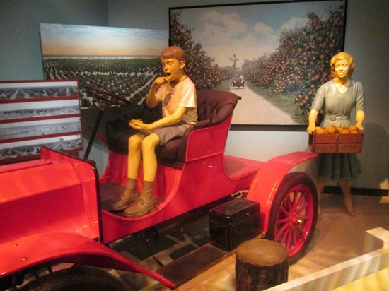 Tampa Bay History Center: inside museum