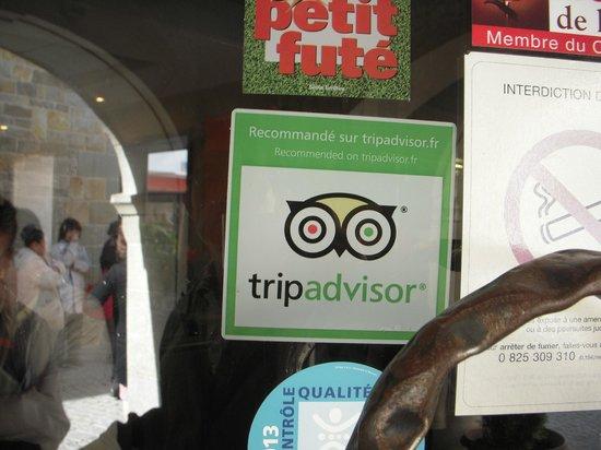 Brasserie Le Donjon: tripadvisor のマークもありました。