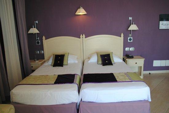 Meridiana Hotel Taormina : habitacion