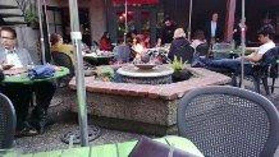 Jupiter: Outdoor Fireplace