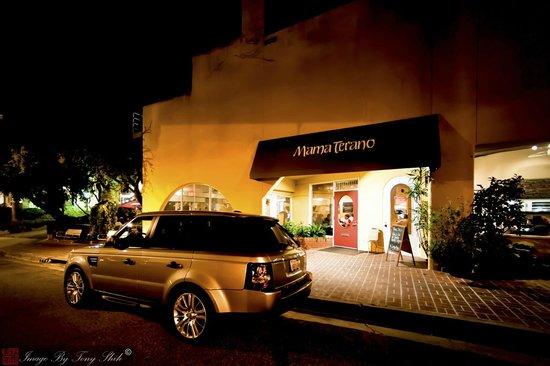 Mama Terano: Front of Restaurant