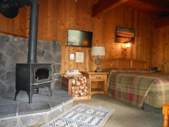 Ireland S Rustic Lodges Inside Our Room