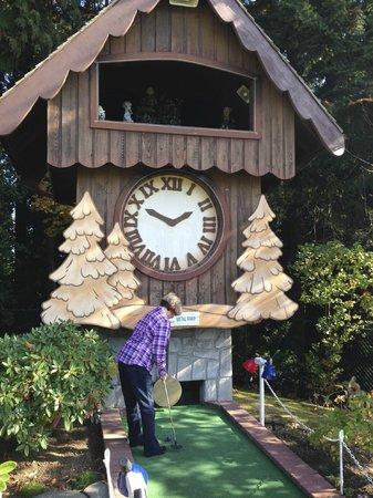 Paradise Fun Park Mini-Golf