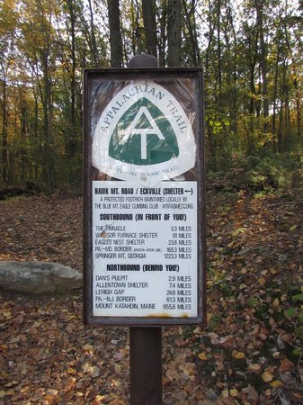 Hawk Mountain Sanctuary: Marker for Appalachian Trail along Hawk Mountain Road