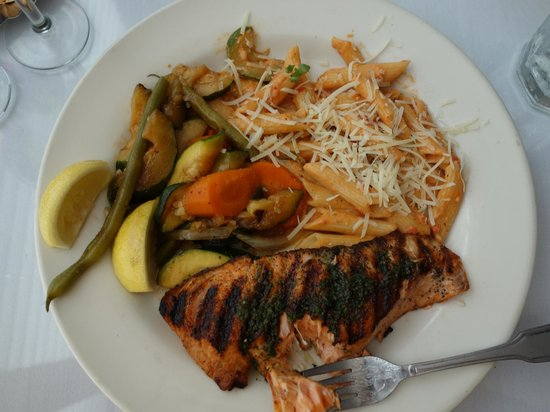 Monterey's Fish House : Seasonal, local grilled salmon is THE dish.