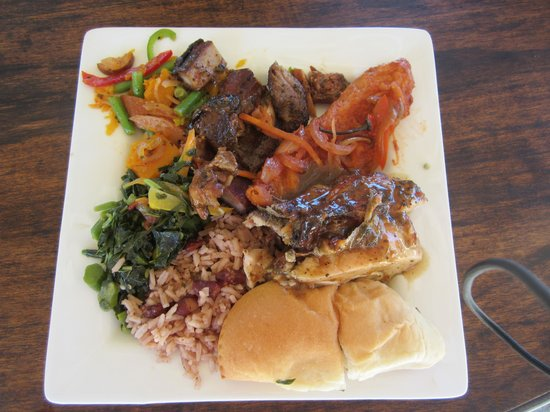 Sandals Royal Caribbean Resort and Private Island: food on private island..jerk chicken & pork amazing