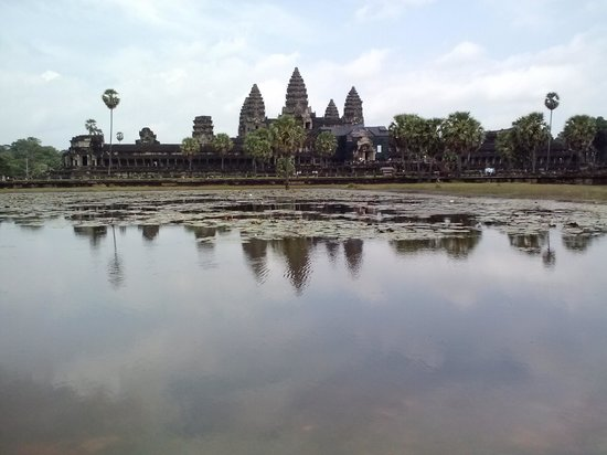 Angkor Wat Services day tours: Angkor Wat temple