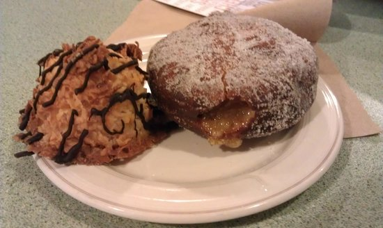 Park Side Eatery: Macaroon and Apple Filled Bismark.