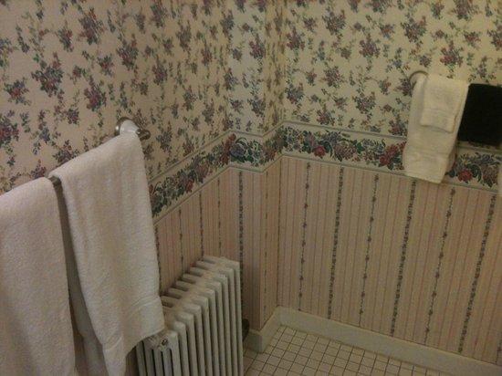 Snug Cottage: Banheiro limpo, reformado e aconchegante