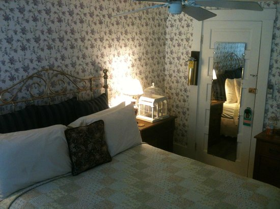 Snug Cottage: Quarto aconchegante