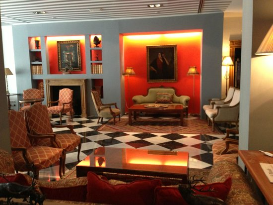 Hotel Dona Maria : Hotel Lobby