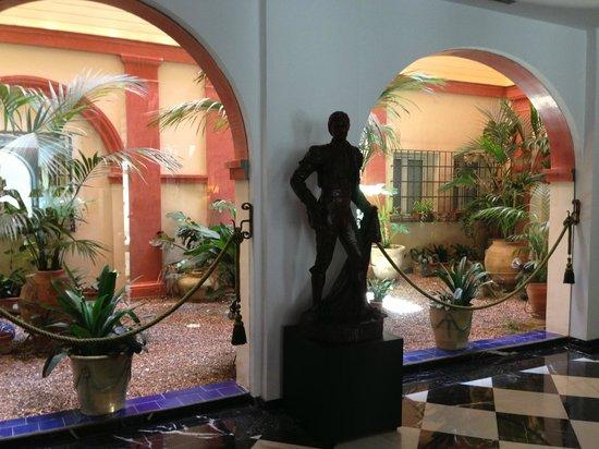 Hotel Dona Maria : Hotel Lobby 2
