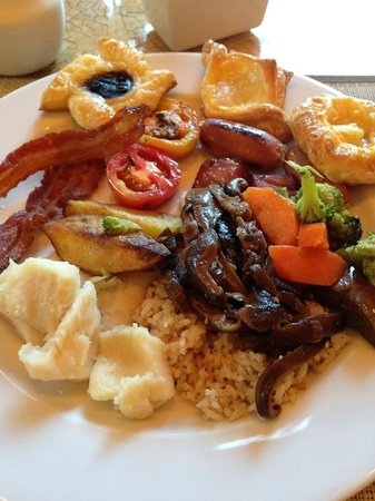 Cebu City Marriott Hotel: Breakfast buffet