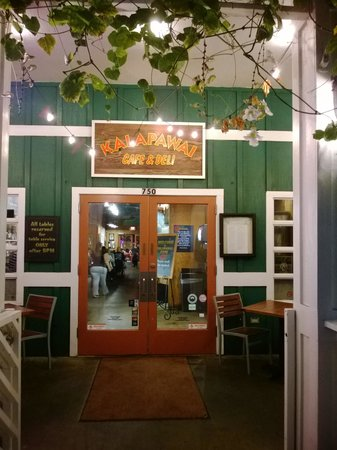 Kalapawai Cafe & Deli: the entrance to exceptional food!