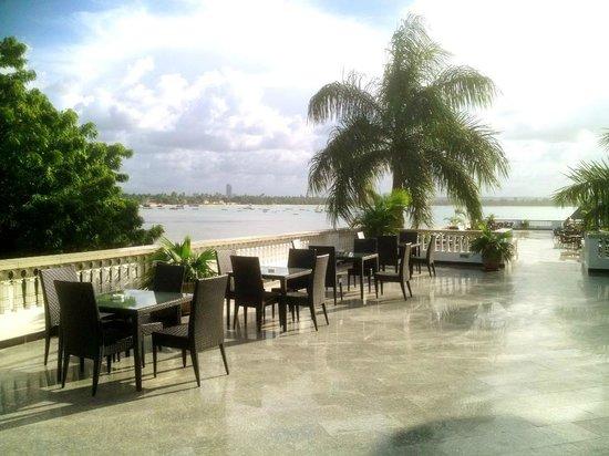DoubleTree by Hilton Dar es Salaam-Oysterbay: Dar sea view