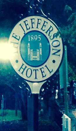 The Jefferson Hotel : Sign outside the restaurant