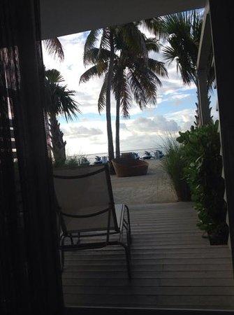 Postcard Inn Beach Resort & Marina: uitzicht vanuit onze kamer