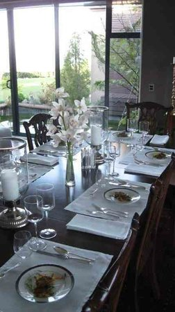 Rata Boutique Lodge: Elegant dining