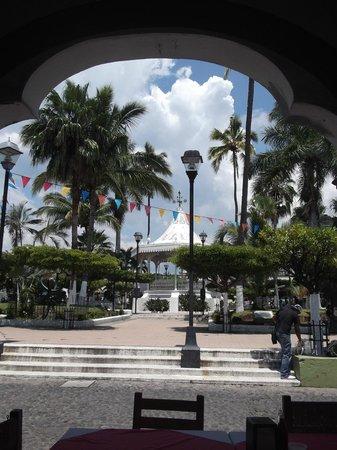 Casa Alvarada : Zocalo de Comala