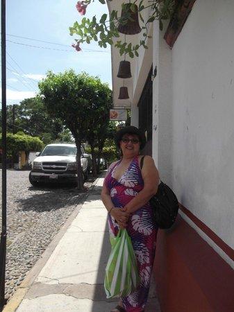 Casa Alvarada : calle de Comala