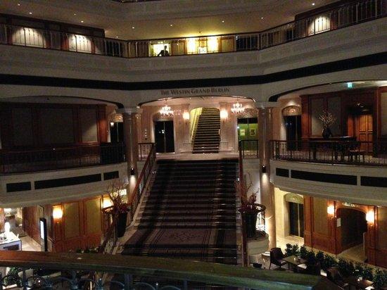 The Westin Grand Berlin: Hotel Lobby