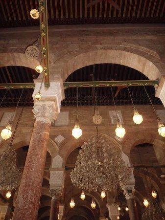 Zitouna Mosque : داخل المسجد2
