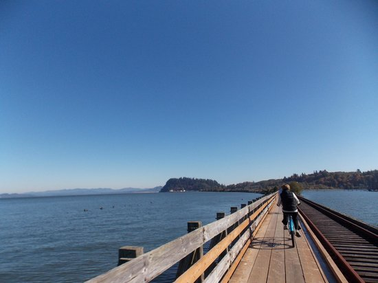 Cannery Pier Hotel: Hotel bike ride