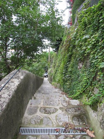 Locanda Costa d'Amalfi: Stairs to climb to get to the Capri and Junior suites, no elevator