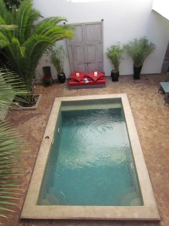 Riad Anyssates : The courtyard and pool